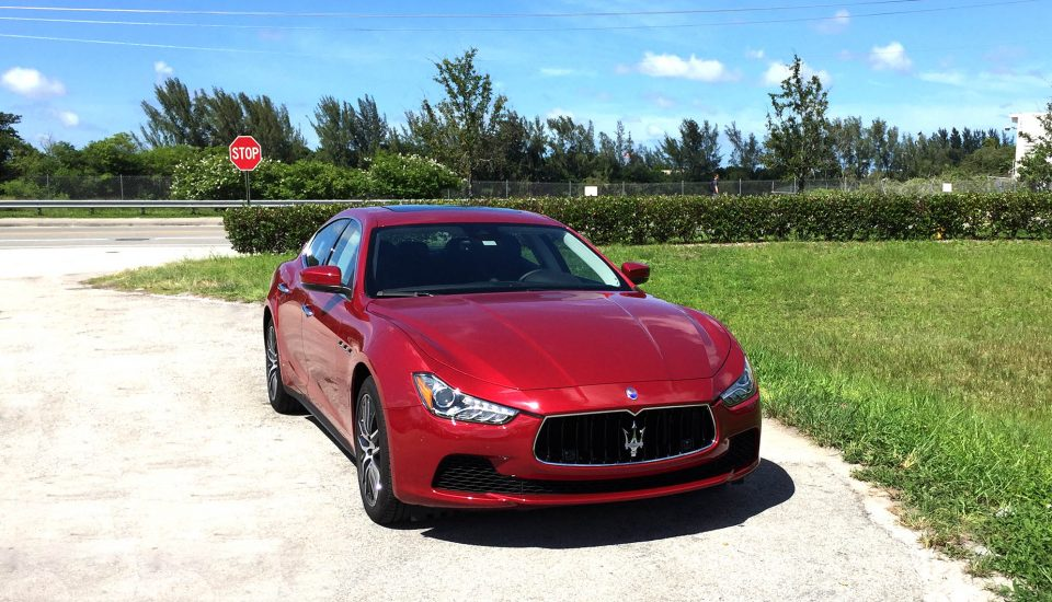 Maserati Rent in Orlando– Ghibli Sport – Red