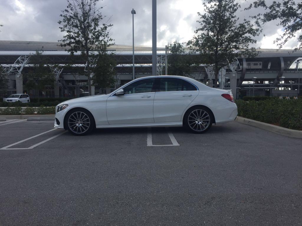 Mercedes benz c 300 4matic rental in orlando american for Mercedes benz north orlando