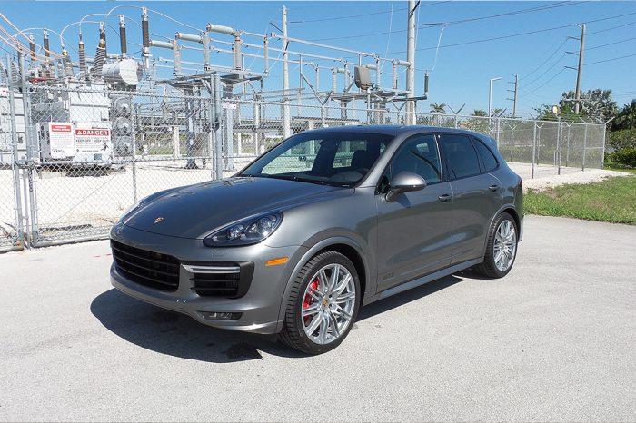 Porsche Cayenne GTS Rental in Orlando
