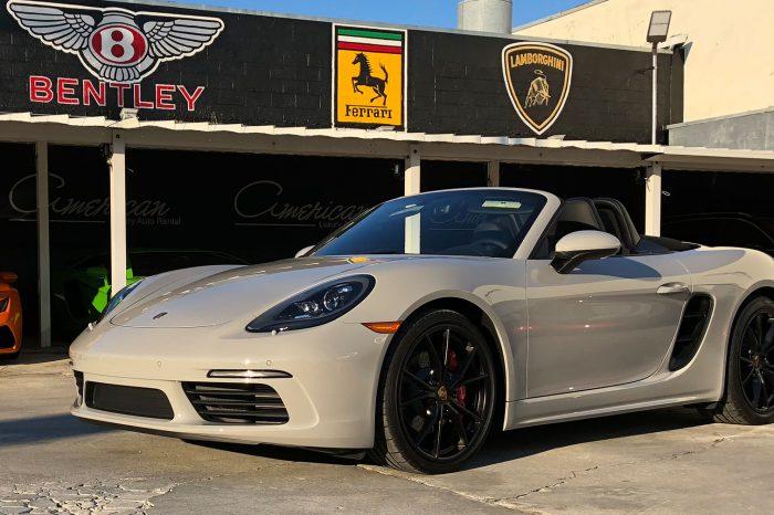 Porsche 718 Boxster S Rental in Orlando